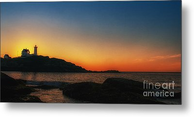 Nubble Sunrise Metal Print by Scott Thorp