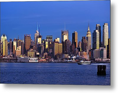 Ny Skyline At Twilight Metal Print