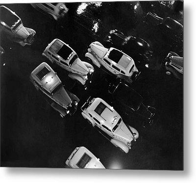 Ny Taxis On A Rainy Night Metal Print