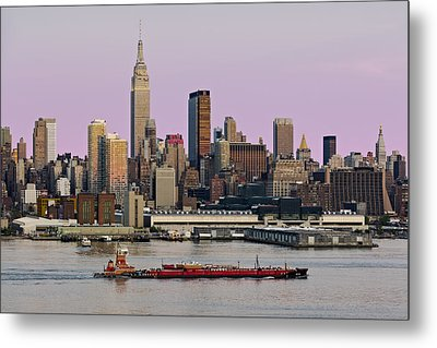 Nyc Skyline And Atb Last Light Metal Print by Susan Candelario