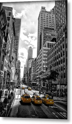 Nyc Taxis Metal Print by Bill Cannon