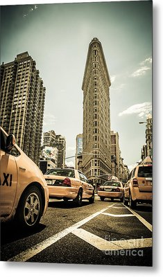 Nyc Yellow Cabs At The Flat Iron Building - V1 Metal Print by Hannes Cmarits