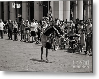 Metal Print featuring the photograph Nycity Street Performer by Angela DeFrias