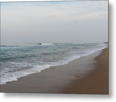 Metal Print featuring the photograph Ocean At Buxton Nc 4 by Cathy Lindsey