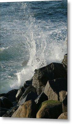 Ocean Beach Splash 2 Metal Print