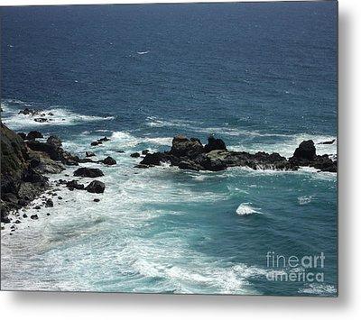 Metal Print featuring the photograph Ocean Blue by Carla Carson