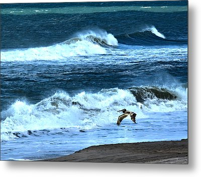 Ocean During A Storm Metal Print by Sandi OReilly