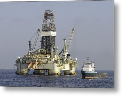 Metal Print featuring the photograph Ocean Oil Rig With Supply Boat by Bradford Martin