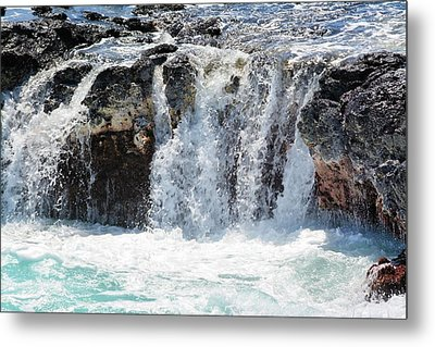 Ocean Waves Near Spouting Horn Metal Print