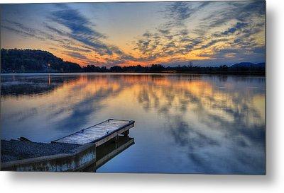 October Sunrise At Lake White Metal Print