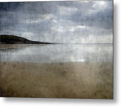Ogmore Beach Metal Print by Kevin Round