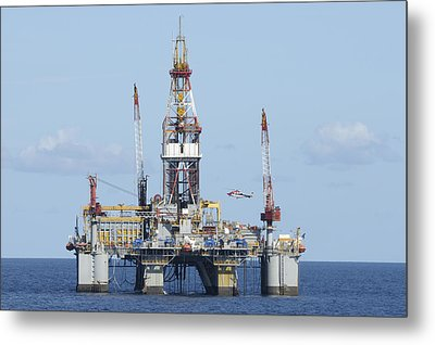 Oil Rig And Helicopter Metal Print