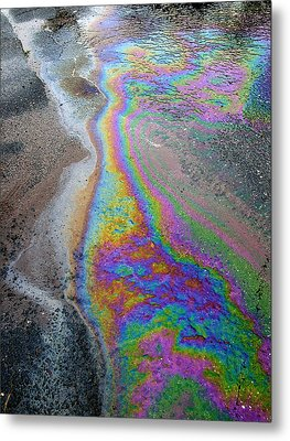 Oil Slick On Water Metal Print by Panoramic Images