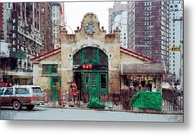 Old 72nd Street Station - New York City Metal Print by Daniel Hagerman