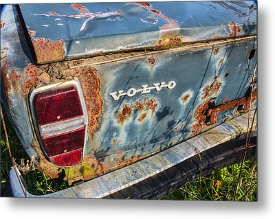 Old Aged Metal Print by Dale Kincaid