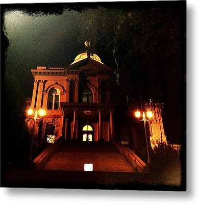 Old Auburn Courthouse Metal Print