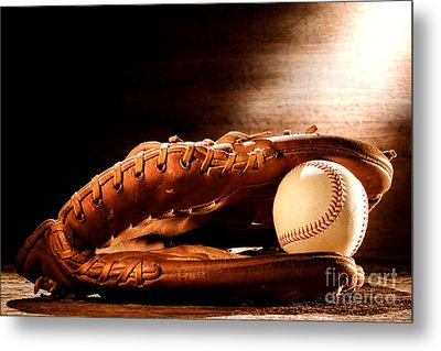 Old Baseball Glove Metal Print