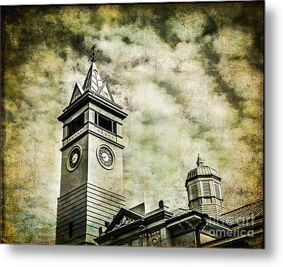 Old Clock Tower Metal Print by Perry Webster