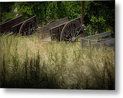 Metal Print featuring the photograph Old Cotton Bale Wagons by Allen Biedrzycki