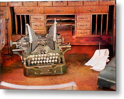 Old Desk With Type Writer Metal Print