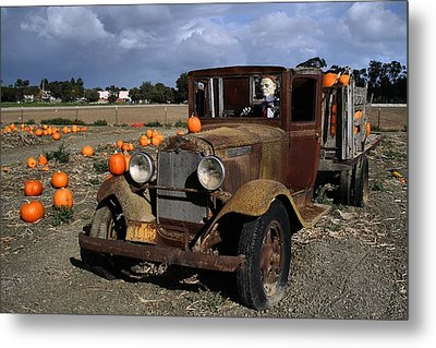 Metal Print featuring the photograph Old Farm Truck by Michael Gordon