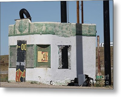 Old Filling Station Metal Print