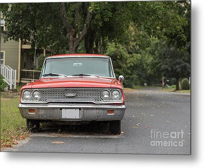 Old Ford Galaxy In The Rain Metal Print