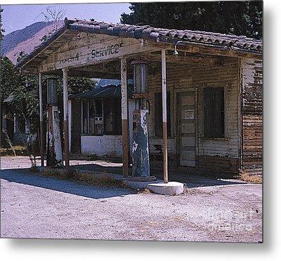Old Gas Station Ventura Blvd Ca Metal Print