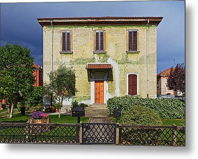 Old House In Crespi D'adda Metal Print