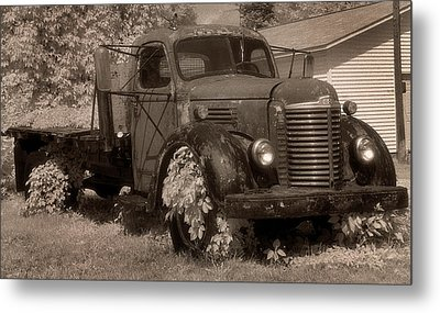 Old International Truck Metal Print