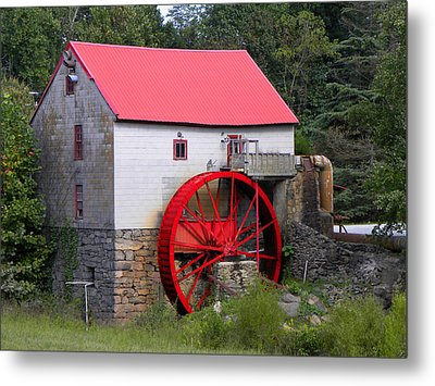Metal Print featuring the photograph Old Mill Of Guilford by Sandi OReilly