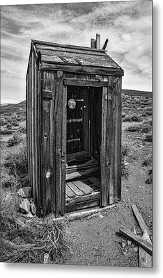 Old Outhouse Metal Print by Garry Gay