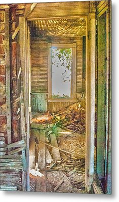 Old Pastel House Metal Print by Kimberleigh Ladd