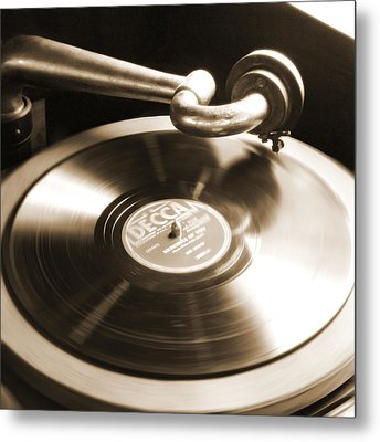 Old Phonograph Metal Print by Mike McGlothlen