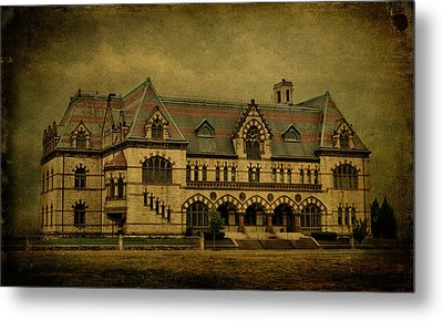 Old Post Office - Customs House Metal Print by Sandy Keeton