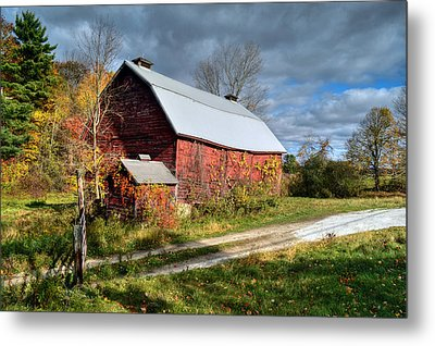 Old Red Barn - Berkshire County Metal Print