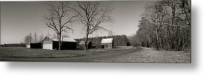 Old Red Barn In Black And White Long Metal Print