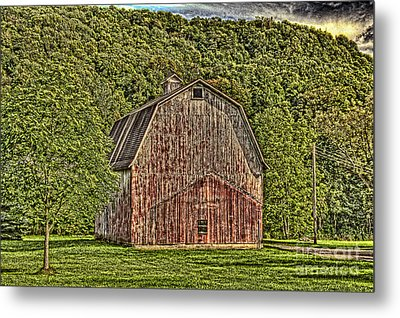 Metal Print featuring the photograph Old Red Barn by Jim Lepard