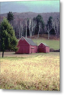 Old Red Barn Metal Print by John Scates