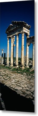 Old Ruins Of A Built Structure Metal Print by Panoramic Images