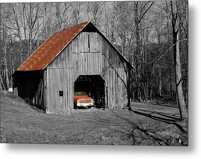 Old Rusty Barn  Metal Print