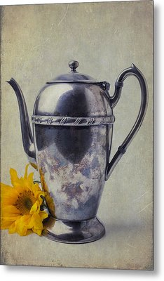 Old Teapot With Sunflower Metal Print by Garry Gay