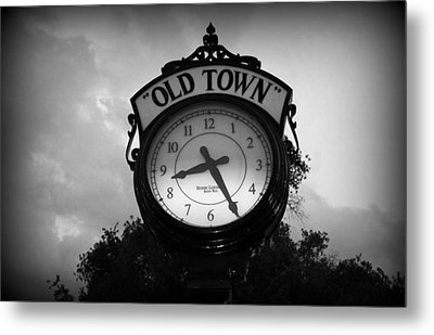 Old Town Clock Metal Print by Laurie Perry