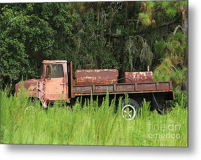 Old Truck Metal Print by Theresa Willingham