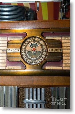 Old Vintage Wurlitzer Jukebox Dsc2811 Metal Print by Wingsdomain Art and Photography