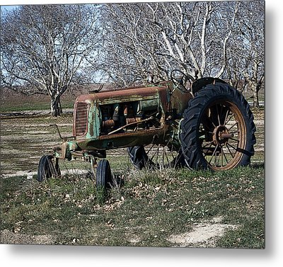 Oliver Farm Tractor Metal Print by William Havle
