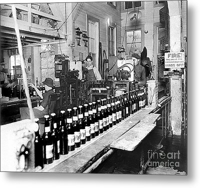 Olympia Brewing Company Bottling Line 1914 Metal Print