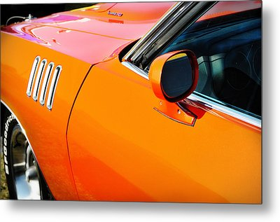 One Baddd Fish - 71 'cuda 383 Metal Print by Thomas Schoeller