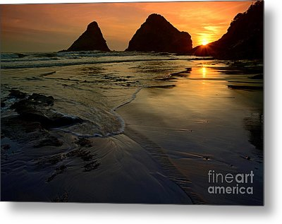 One With The Sea Metal Print by Nick  Boren