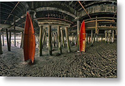 Orange Life Boats Under The Santa Monica Pier Metal Print